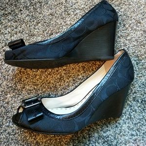 ✴️JUST IN✴️Coach Andi Wedge Size 8.5B